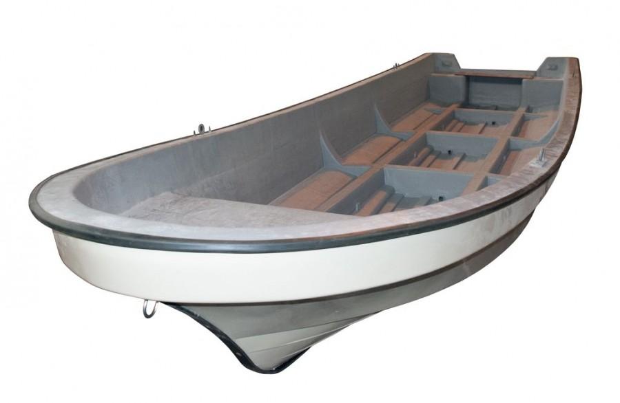 морская рыболовецкая лодка