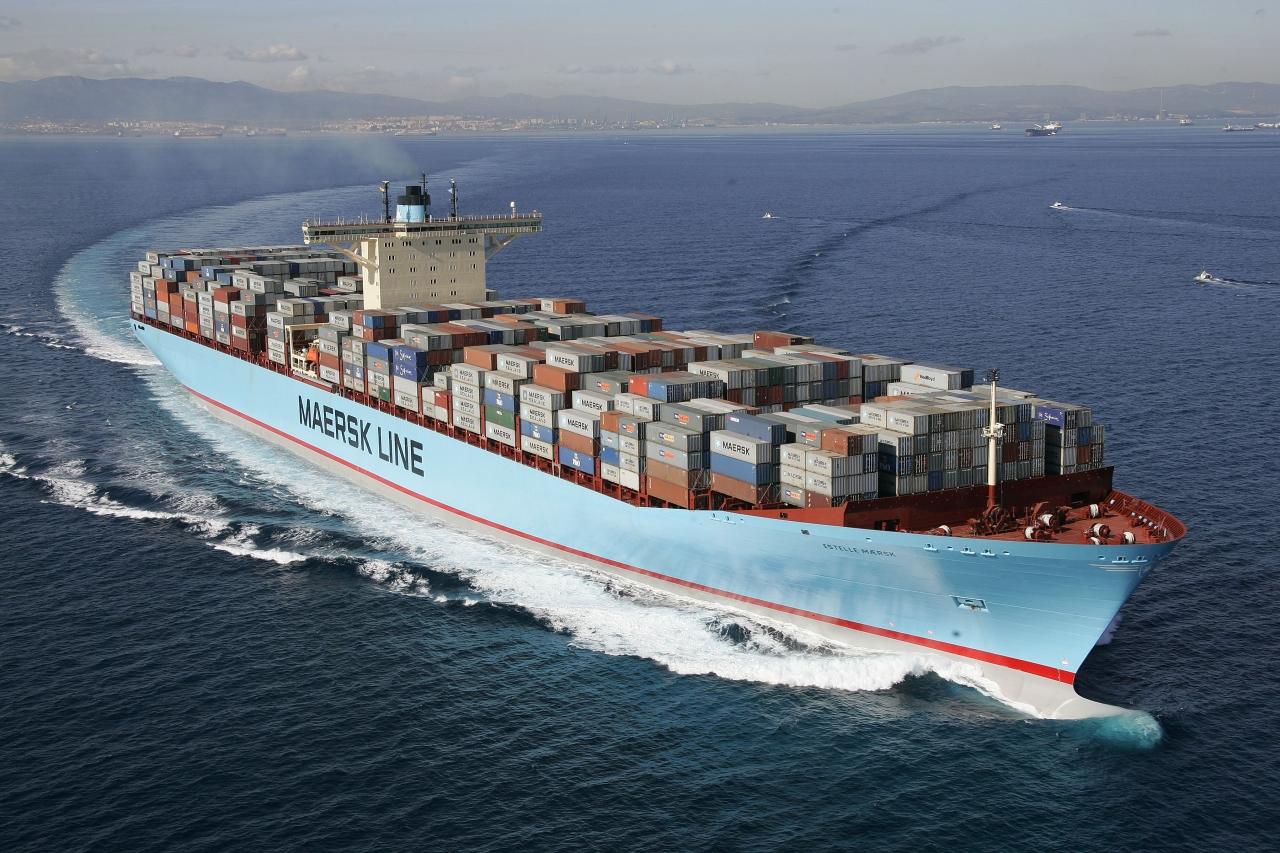 Картинки по запросу морские контейнерные перевозки