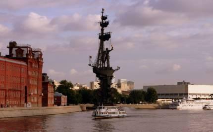 С началом навигации 2012 года на москве