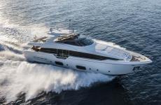 Яхта «Ferretti 960»