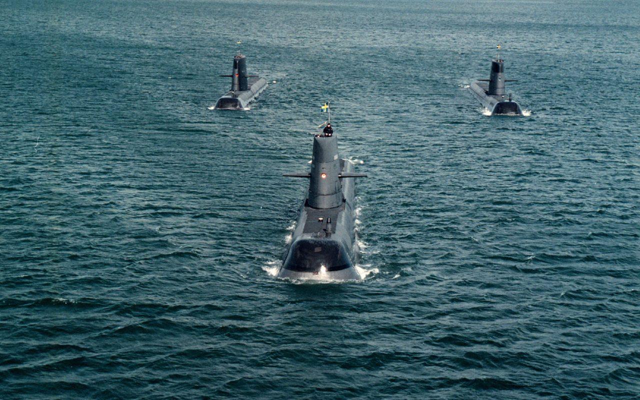 подводная лодка тонет