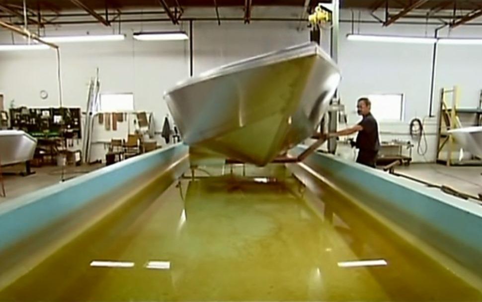 протечка в лодке