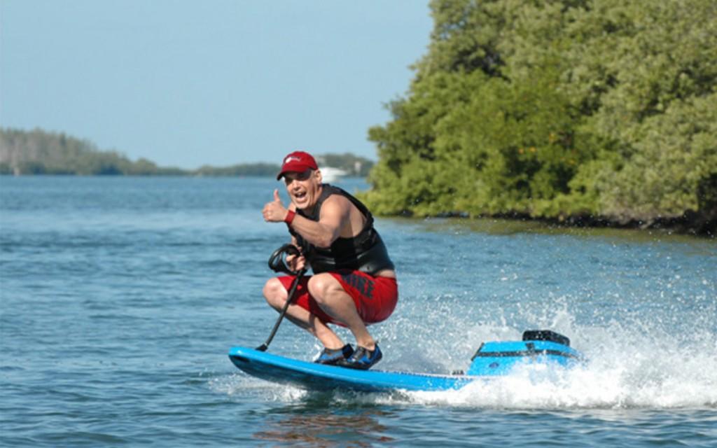 серфинг за лодкой