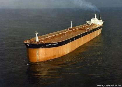 Самый немалый нефтевоз во мире «Batillus»