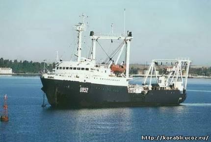 Килекторные суда U852 «Шостка» проект 145 и КИЛ-158 проект 141