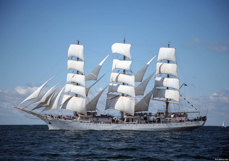 Фото корабль парусник